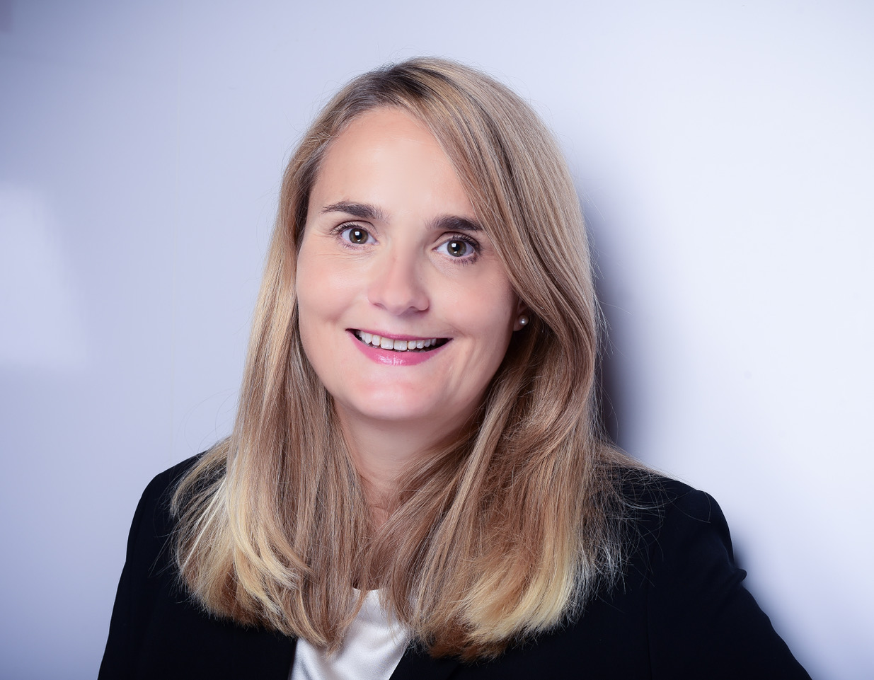 Dr. Andrea Neuhaus
